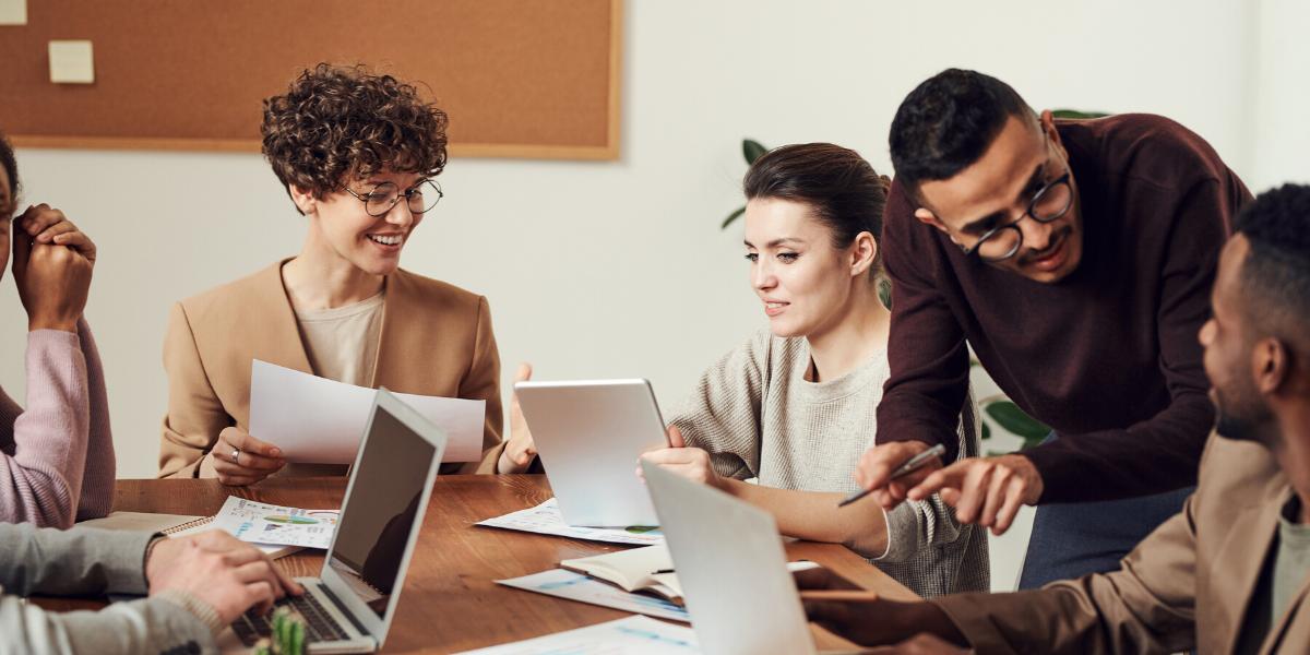 former ses équipes à l'inbound marketing et hubspot - les différents acteurs